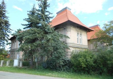 Dražba bývalé vily továrníka v Opatovicích nad Lab